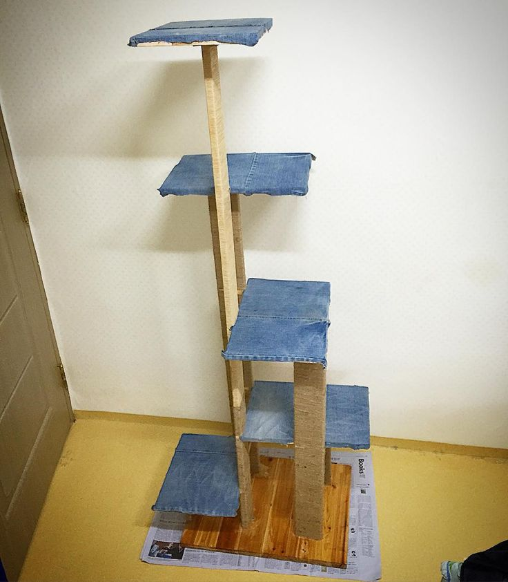 A cat tower has been just completed! Used the leftover woods after wooden surfboard and attached unwearable denim pants on it!  . 찢어진 청바지 그리고 나무 서프보드를 만들고 남은 나무들로 만든 업사이클링 캣타워 완성!  . #surf #woodensurfboard #carpenter #서핑 #moanalu #모아나루 #woodensurfboard #upcycling #upcycle #woodworking #woodwork #wood #bodyboard #moanalu #handplane #surf #surfing #surfboard #서핑보드 #서프보드 #바디서핑 #サーフィン #冲浪 #surfbrett  #업사이클링 #서프보드공방 #서핑보드공방 #업사이클링공방 #cattower #cat #캣타워 #고양이 de space_moanalu