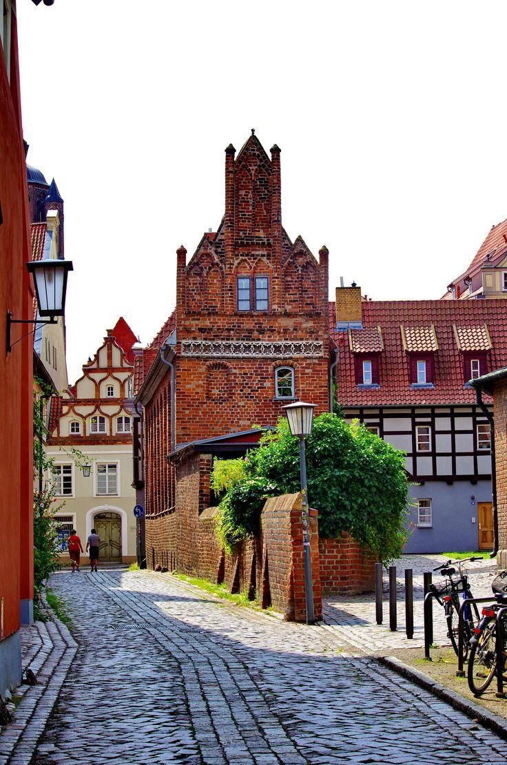https://flic.kr/p/AoGZrm | Stralsund Allemagne août 2015 - 23 Bechermacherstraße