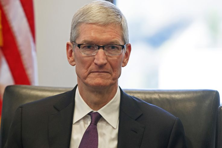 Tim Cook`s terrible year in review - http://authoritywearables.com/tim-cooks-terrible-year-in-review