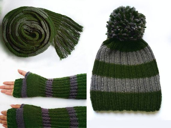 Harry Potter Scarf Knitting Pattern Slytherin : Harry Potter Slytherin green and grey knitted scarf by ...