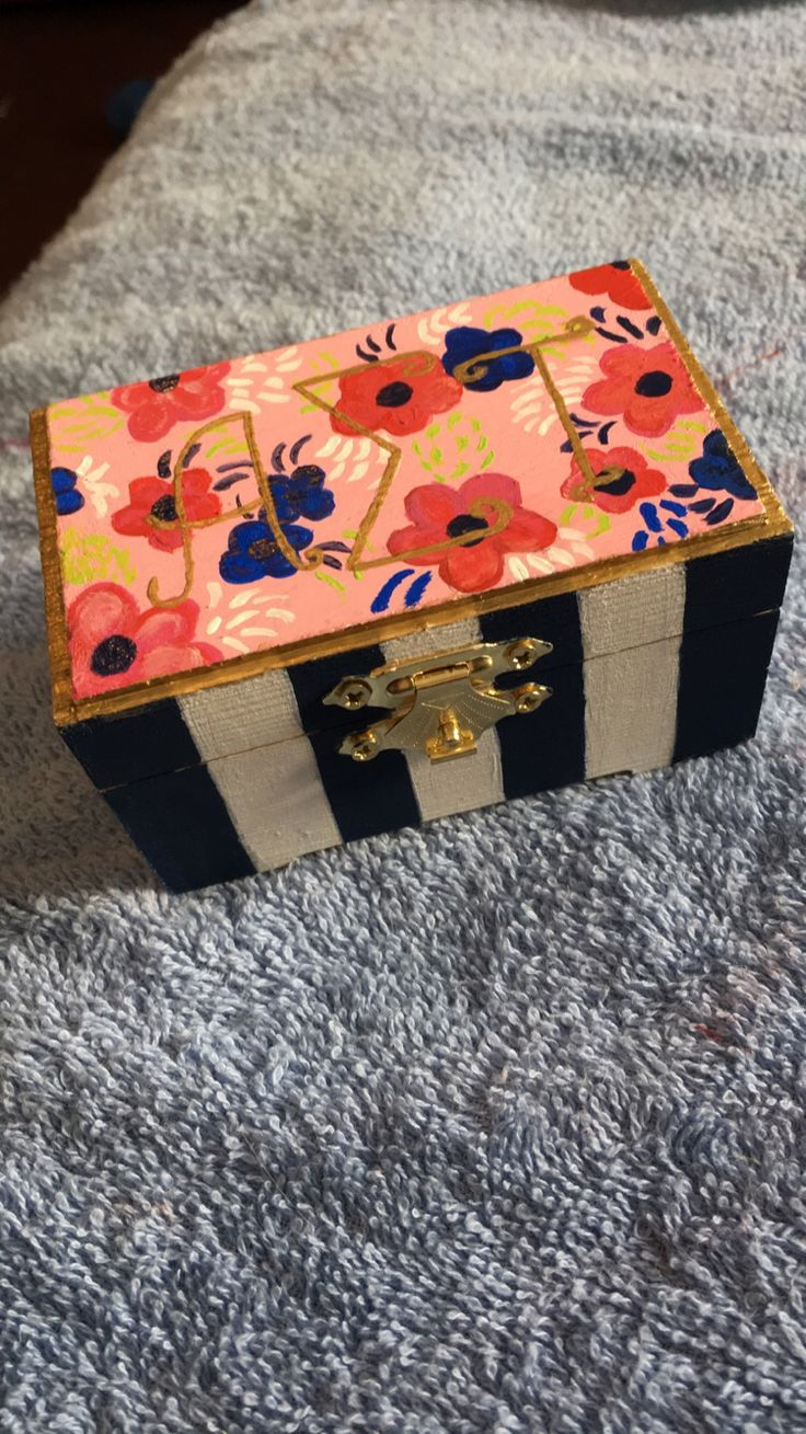 Small sorority pin box #AlphaSigmaTau #sorority