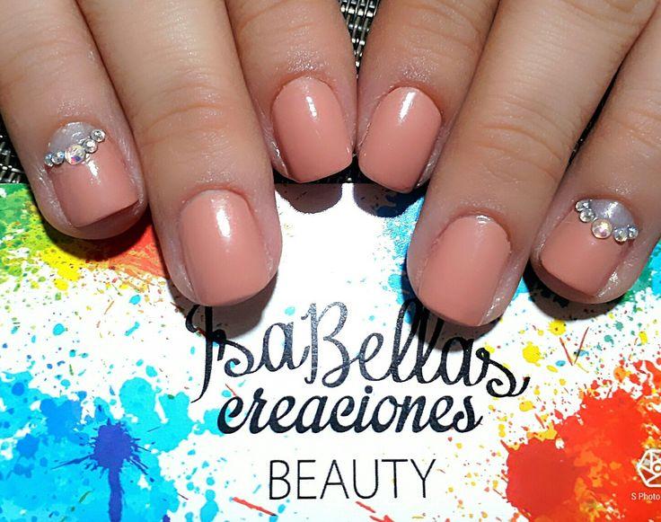 #arteconamor #uñaslindas #beauty #isabel #gemas #nails #masglo #colordiva
