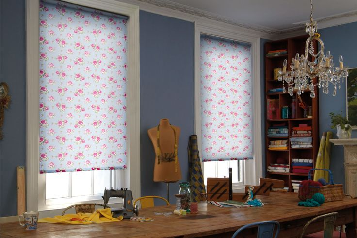 Evita Scilla Style blinds. These blinds are #wirefree #wireless #nowires #remotecontrol #smartphoneapp #tabletapp #noelectricianrequired #childsafe #cordless #largewindows #smallwindows #windowblinds #windowshades #windowcoveringsolution #prettywindows #childfriendly #smartblinds #homedesign #kitchenblinds #interiordesign #redesign #bathroomblinds #bedroomblinds #lounge #diningroom