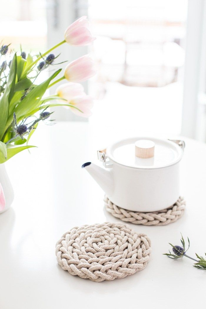 DIY Finger Knit Rope Trivet Tutorial - Flax & Twine
