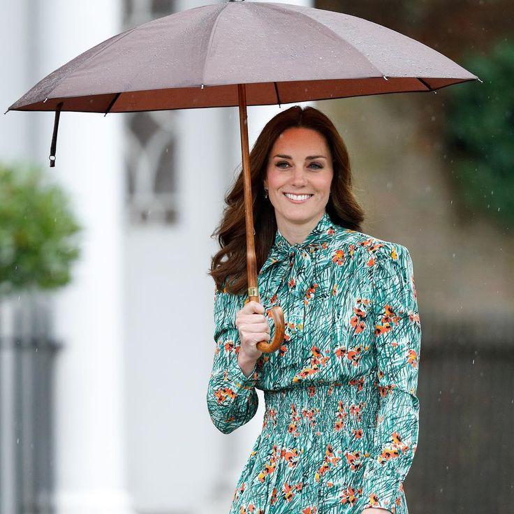 Bréking! Most jött a hír, hogy Katalin hercegné és Vilmos herceg a harmadik gyermeküket várják! Gratulálunk a királyi családnak! :)  photo: @/instagram