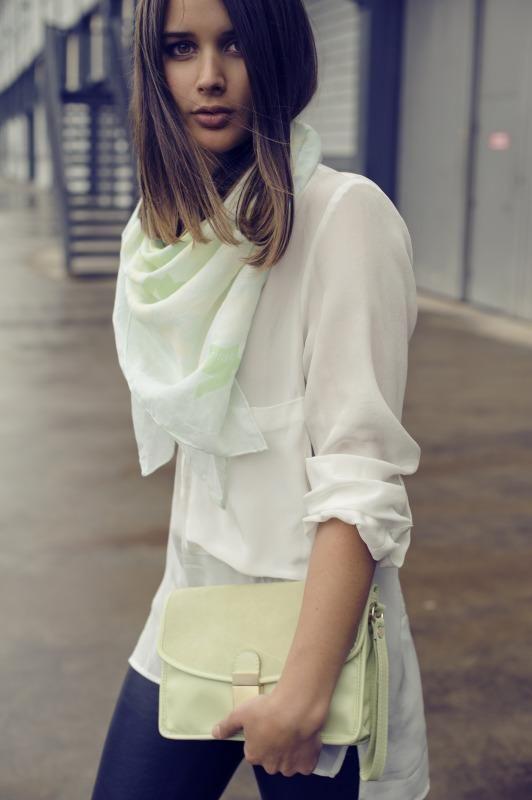 //: Casual Fashion, Chiffon Blouses, Mint Green, Simple Fashion, White Scarves, Hair Cut, Silk Scarves, Crisp White Shirts, Pretty Outfits