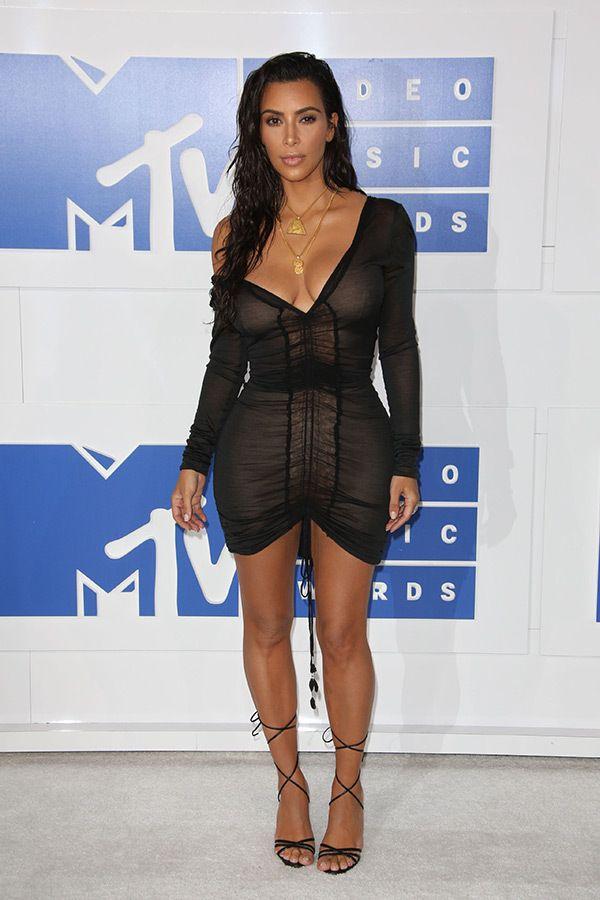 2016 MTV Video Music Awards Red Carpet Photos — Beyonce & More