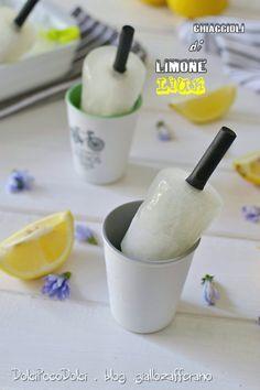 """#Ghiaccioli al #LIMONE """"frizzantini - freschi - dissetanti"""" = #Liuk #recipes #7Agosto #ESTATE #gelato #bestrecipe http://blog.giallozafferano.it/dolcipocodolci/ghiaccioli-di-limone-liuk-ricetta/"""