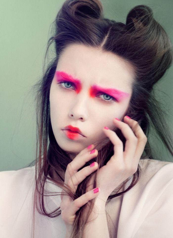 'Visages Colorés De La Petite Fille Japonaise' | Josefine Vandt By Olivia Frølich | June 2012