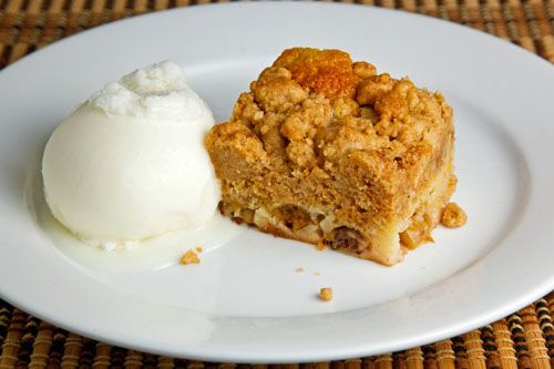 Gooseberry Crumb Cake: Crumb Cakes, Closets Size, Apples Crumble ...