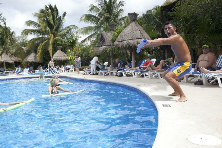 The best sports in the water at #IBEROSTAR  are the aquagym clases! #pool #water #aerobics #Starfriends