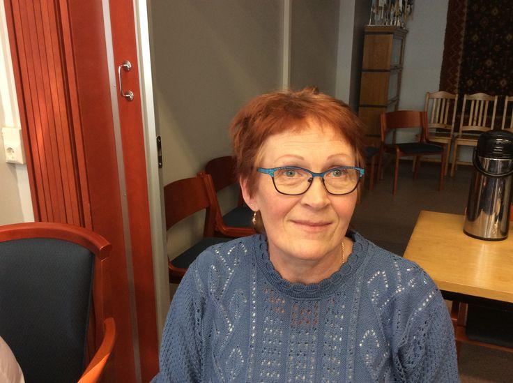 Satu Salmela on ravitsemistyöntekijänä Rantasalmen koulukeskuksen keittiössä. Homma sujuu helposti ihanien lasten parissa!