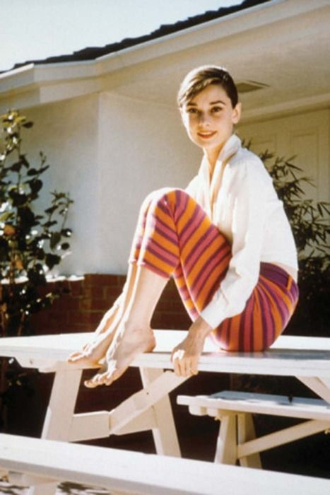 Audrey Hepburn. I want those pants!