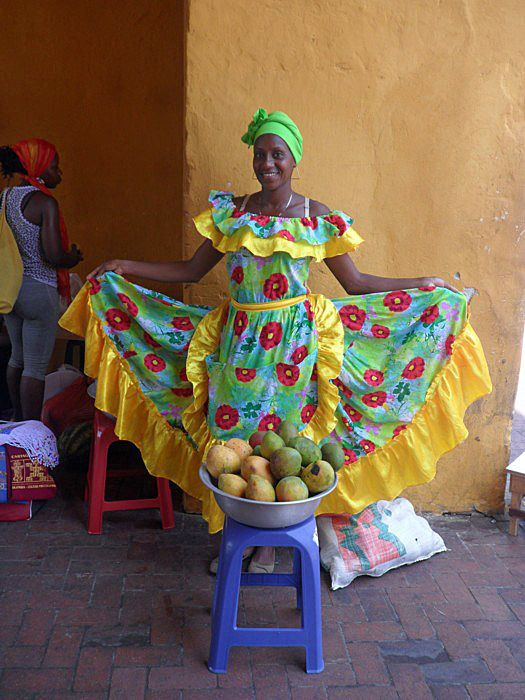 CARTAGENA, COLOMBIA - palenquera/ КАРТАХЕНА, КОЛУМБИЯ - паленкера | Flickr - Photo Sharing!