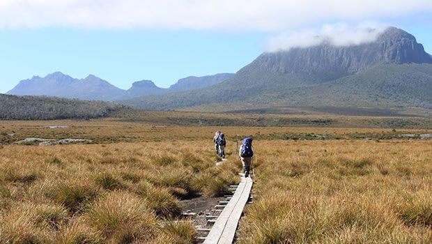 Overland Track and others in Tasmania, Australia (via Tasmanian Hikes: http://www.tasmanianhikes.com.au)