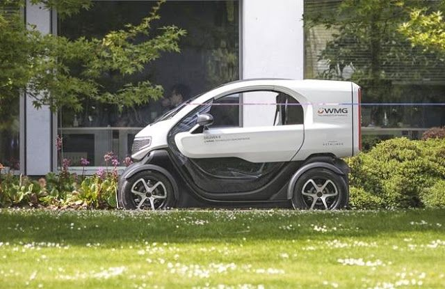 DELIVER-E  funcional  vehículo  eléctrico  de reparto  inspirado en el Renault Twizy