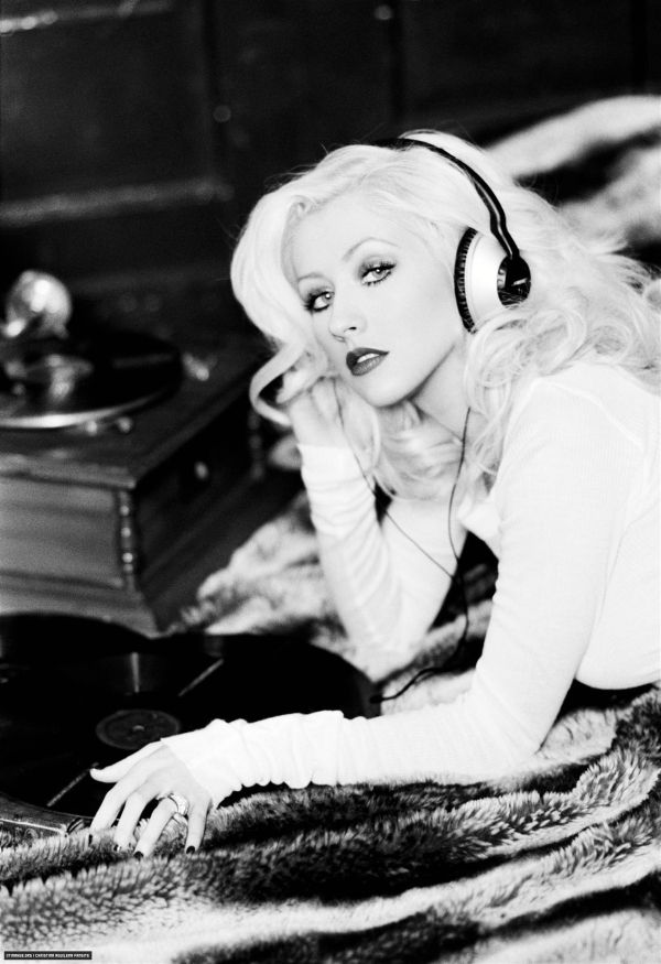 Christina Aguilera one of the greatest voices of all time...