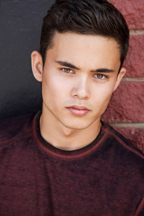 Headshot Photography by Brandon Tabiolo – MEN – Location, natural light headshot…