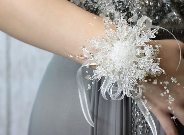 Winter snowflake corsage perfect for winter formal! Description from pinterest.com. I searched for this on bing.com/images