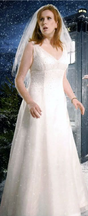 Doctor Who costume idea: Donna Noble in the Runaway Bride episode