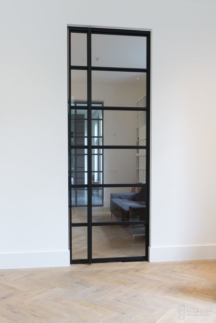 Stalen deur voor een stijlvol interieur