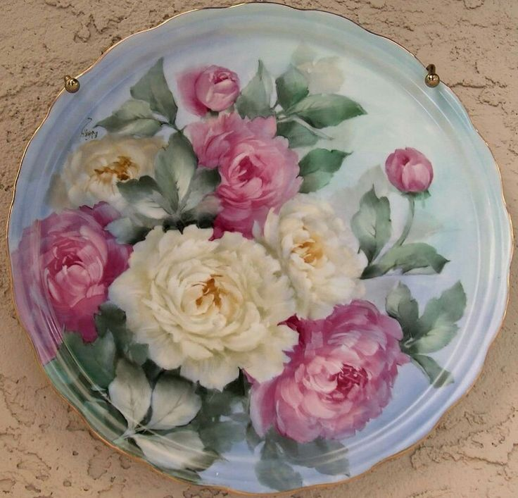 Evelyn Van Hoorebeke  Vark' s beautifully painted roses.
