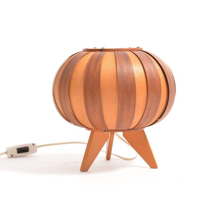 Wooden retro table lamp