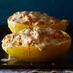 Cheesy chicken enchilada-stuffed spaghetti squash, the new taco night love of our lives 😍