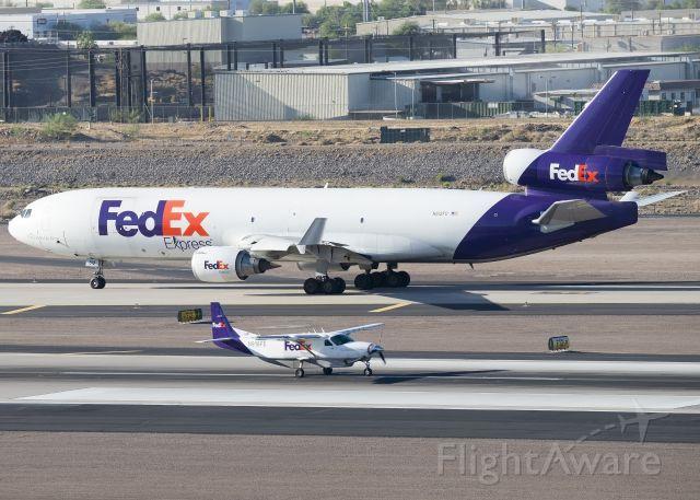 MD-11 & CFS Cessna Caravan