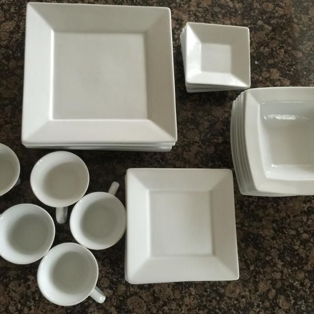 Find More Bed Bath Beyond Everyday White Porcelain Dish Set 6