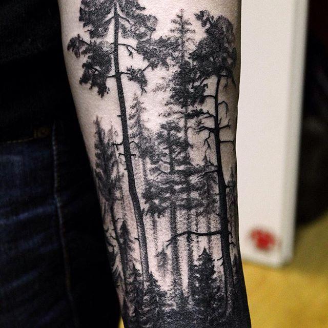 In progress  #татуартист #тату #татуировка #татуировкаспб #питер #СПб #tattooed #tattoo #tat #tatted #tattooartist #tattooartworks #tattoos #Tattoo_Hand #tattooHa #ink #inked #inprogress #linework #instalike #new #newschooltattoo #insttattoo #arttattoo #art #inklife #mylifeistattoos #dotwork #dotworktattoo