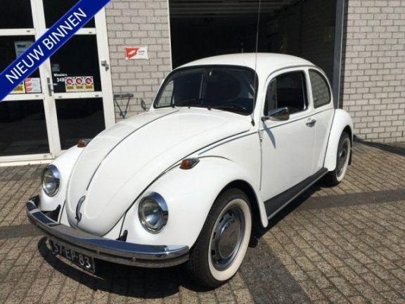 Leuke gerestaureerde originele Nederlandse VW Kever 1200. Taxatie rapport en foto's van de restauratie aanwezig! Waarde in taxatierapport €9000,-   BETREFT EEN MEENEEMPRIJS!, GEEN GARANTIE  De genoemde prijs is incl. een geldige APK en een inspectie. U kunt ook kiezen, tegen een vaste meerprijs, uit de volgende pakketten: Nr. 1 * (ad € 395) = Grote servicebeurt + een nieuwe APK + indien de distributieriem aan de beurt is dan wordt deze ook vervangen. Nr. 2 ** (ad € 695) = Pakket 1 met 3…