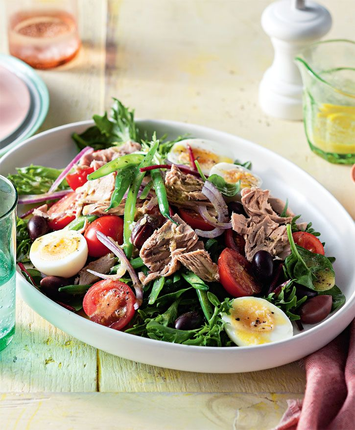 Tuna nicoise salad. Diabetic-friendly because it is so well balanced, nutritionally, thanks to the healthy fats in tuna, kalamata olives and extra-virgin olive oil. #Woolworths #recipe #salad http://www.woolworths.com.au/wps/wcm/connect/Website/Woolworths/FreshFoodIdeas/Recipes/Recipes-Content/tunanicoisesalad