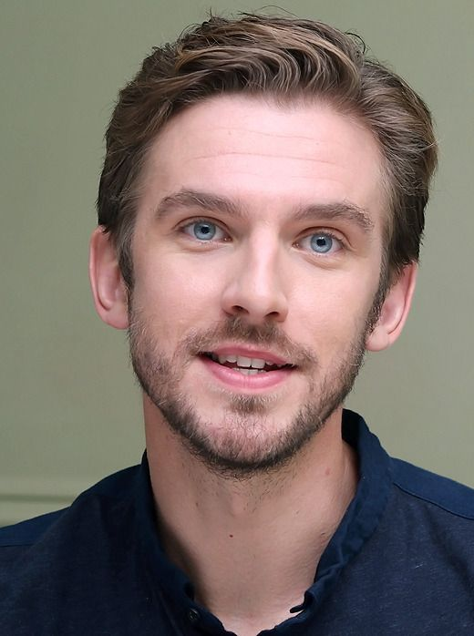 "aliceleeeee: "" Dan Stevens - A Walk Among The Tombstones press conference in LA, 22 AUG 2014 """