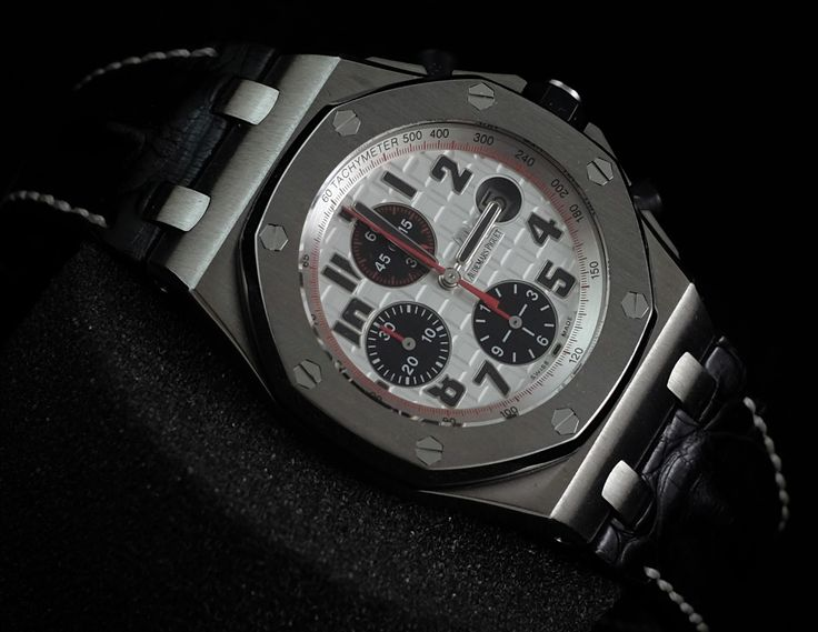 Audemars Piguet RoyalOakOffshore Panda 'H'  Ref. No. 26170ST.OO.D101CR.02 Movement Automatic Case Material Steel Case Diameter 42 mm Glass Sapphire Glass Bracelet Material Crocodile skin Serial 'H' Condition 95% (Fullset Box Manual Paper)  WE ARE BASED AT JAKARTA please contact us for any inquiry : whatsapp : +6285723925777 blackberry pin : 2bf5e6b9 #AUDEMARSPIGUET #HOROLOGIE #WATCHFORSALE #FORSALE #LUXURY #LUXURYWATCH #BILLION #MILLION #VVIP #JAKARTA