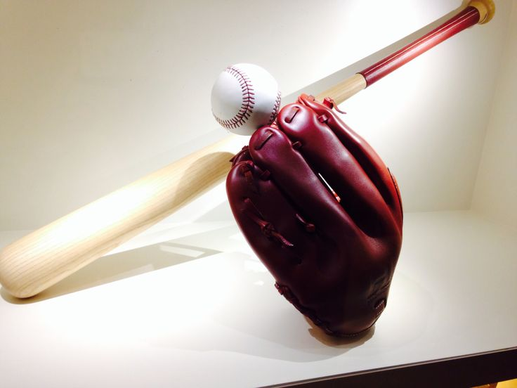 too gorgeous to play baseball eith these.., @Hermes Lether forever exbition in Tokyo