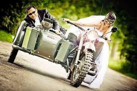 Znalezione obrazy dla zapytania zdjecia slubne z motocyklem