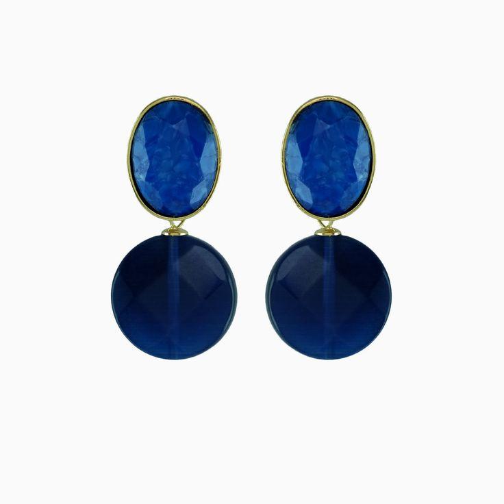 De naam zegt het zelf, deze oorbellen zijn geïnspireerd op de jaren '50. Delphine en Emilienne haalden inspiratie uit de juwelendoos van Pomme als jonge meisje. De oorbellen bedekken een groot stuk van de oorlel wat ze heel comfortabel maakt!