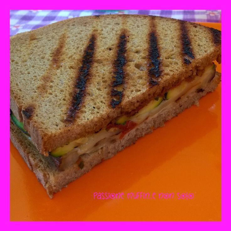 Panino+vegetariano+grigliato
