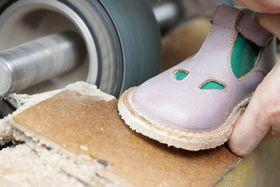 le scarpe per bambini di Eureka, Antica Calzoleria Artigianale dal 1878.