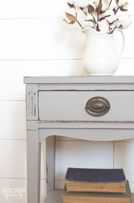 Beautiful gray end table makeover - thegoldensycamore.com