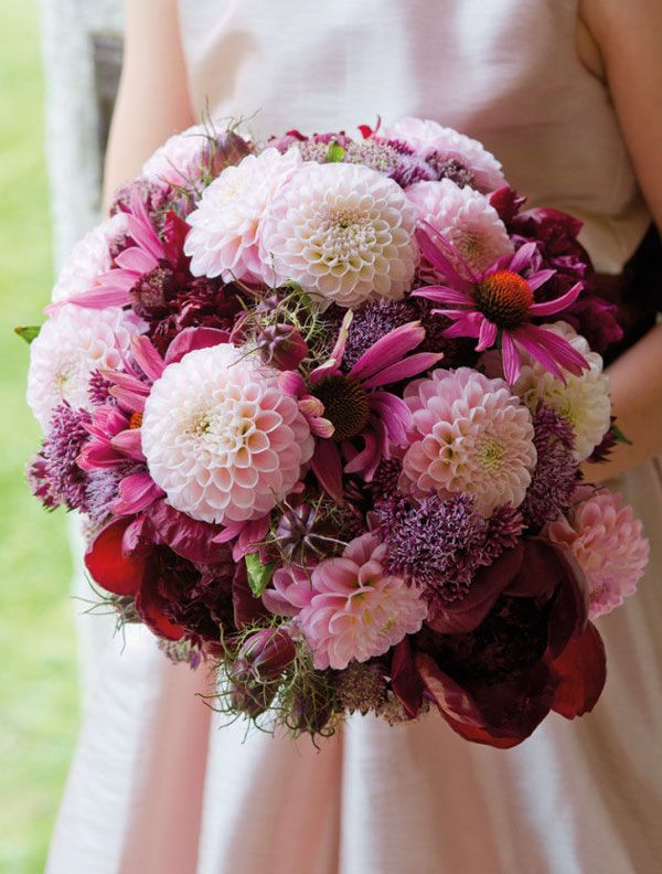 We love this gorgeous bouquet of chrysanthemums and peonies! #wedding #flowers #love