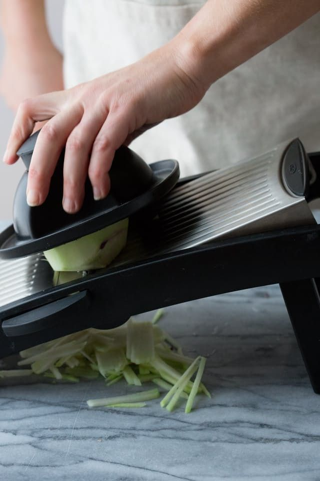Recipe: Kohlrabi Bistro Salad — No-Lettuce Salad Recipes from Katie Webster | The Kitchn