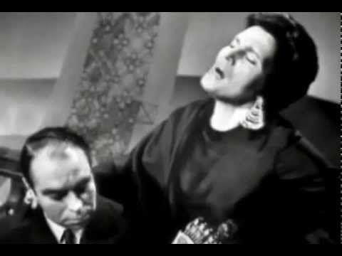 "Amália Rodrigues "" FADO PORTUGUÊS "" José Regio / Alain Oulman ( RTP ) - YouTube"