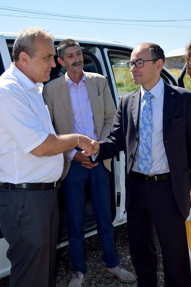 Impreuna cu noul director  al  Dacia Groupe Renault ,Yves Caracatzanis !
