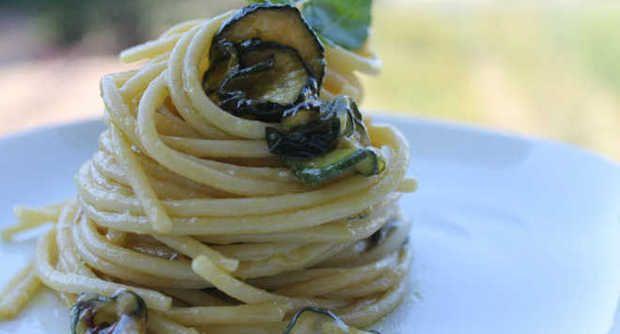 Spaghetti alle zucchine di Nerano da fare in casa