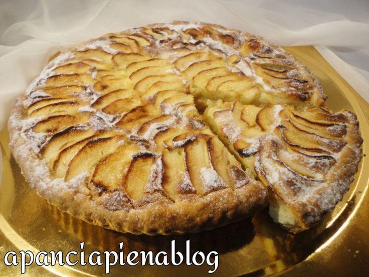 Crostata con crema frangipane e mele (ricetta tradizionale e bimby)