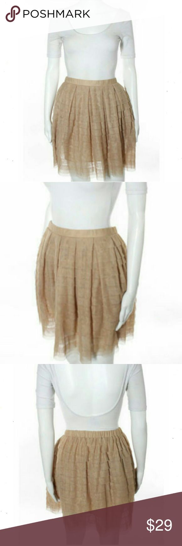 """BCBG MAX AZRIA TAN PLEATED TIERED A LINE BCBG MAX AZRIA LIGHT TAN BROWN YOKE WAIST BOX PLEATED TIERED A LINE SKIRT SZ 2 XS . Type Regular Closure Pull On Bottoms Size (Women's) 2XS Lining Fully Lined Style Tiered Shade Light Brown Color. Total Length 18.5"""" Material Polyester Waist 28"""" Length 18.5"""" Fabric 100% Polyester E/C (1223-B1) BCBGMaxAzria Skirts A-Line or Full"""