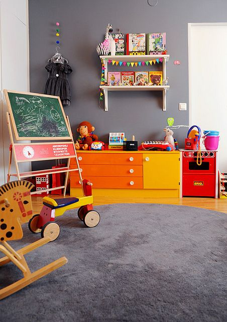 the boo and the boy: Playrooms (grey wall with bright pops of color - LOVE)