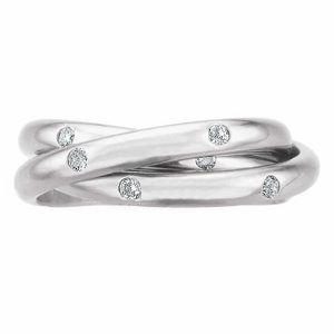 "Gypsy flush set diamond interlocking ""rolling ring"" by Memoire ®"